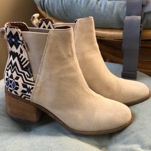 TOMs women's Esme boot, size 8. Worn twice.